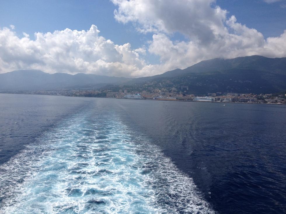 Fahrwasser, Fähre, Korsika