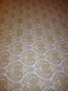 Polyesterüberwurf in Amerikanischem Hotel