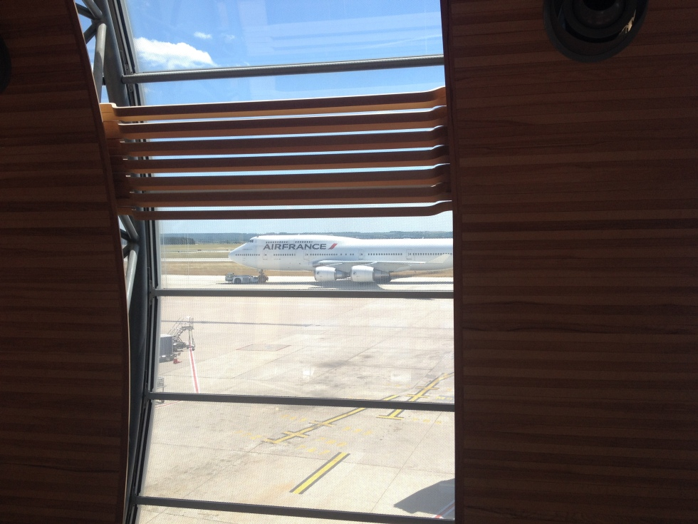 Air France Boeing 747 towed to gate at Paris CDG