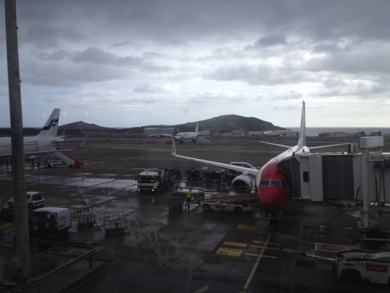 Norwegian 737 parking at the Gate in LPA