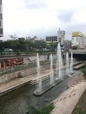Fontänen im Cheonggycheong in Seoul