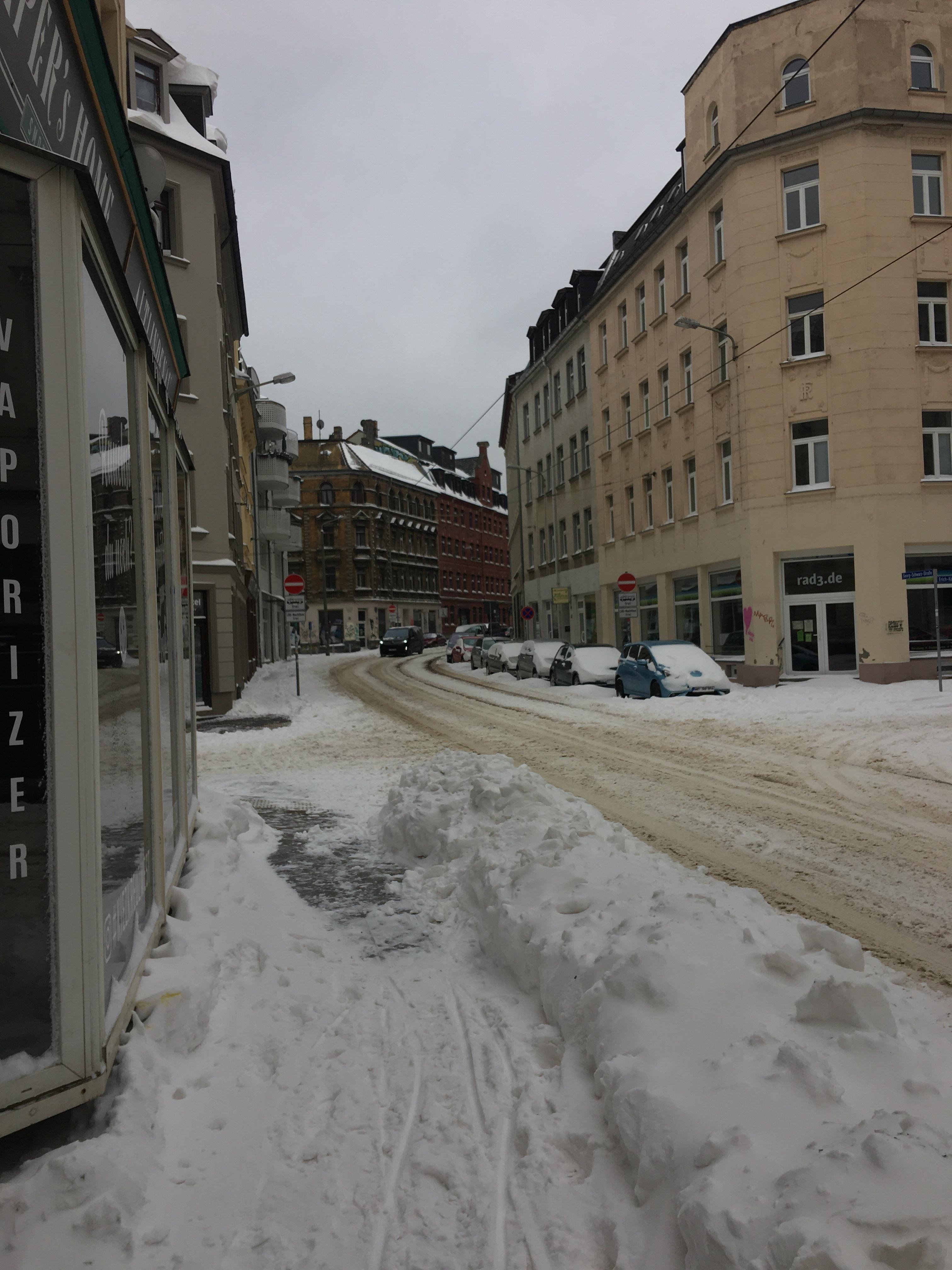 Rekordwinter in Leipzig - Georg-Schwarz-Straße in Lindenau